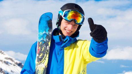 co musi zawierać ubezpieczenie narciarza?
